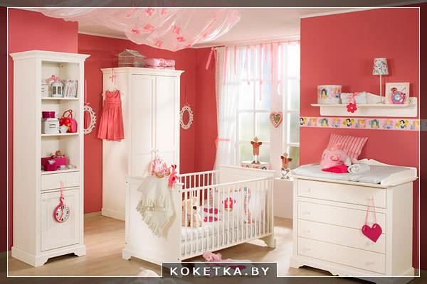О влиянии цветов на новорождённого красный