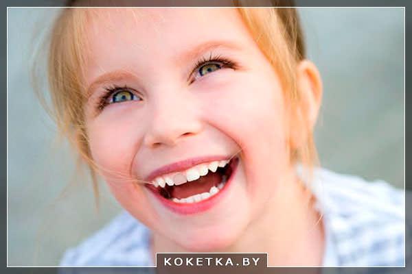 Девочка с коррекцией зубов