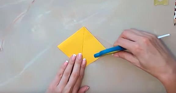 Изготовление птицы из бумаги