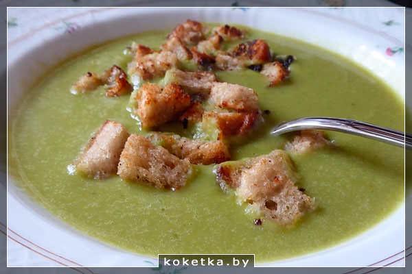 Солёные гренки в супе