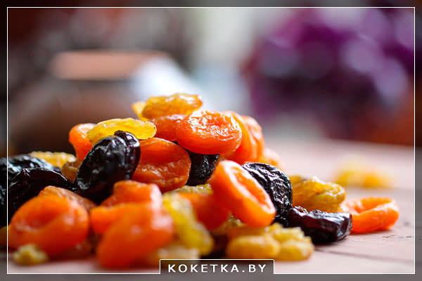Сухофрукты виноград и абрикосы полезны, но могут быть и опасны